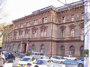 Universitatea Transilvania se poate lăuda doar cu ingineria ca domeniu de studiu