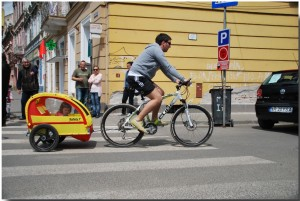 """Expoziție foto: """"Brașovul pedalează"""""""