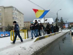 """Protest în faţa Penitenciarului Codlea: """"Băsescu, nu uita, asta este casa ta!"""""""