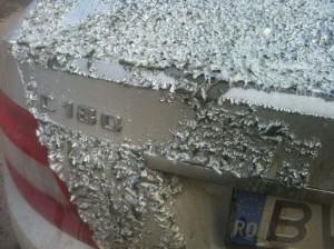 Vandalism cu acid sulfuric