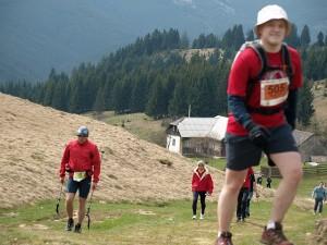 Cea mai mare întrecere de alergare montană din țară debutează pe 3 aprilie. Participând, susțineți o cauză nobilă