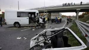 Unul din trei şoferi tineri omoară sau rănesc grav participanţii la traficul rutier!