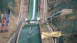 Veteranii săriturilor cu schiurile se vor întrece la Râşnov, anul viitor