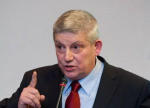 Emil Niță spune că impozitarea cu 500% a caselor lăsate să se degradeze lasă oamenii în stradă