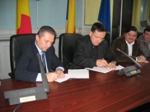 S-a semnat contractul pentru pista aeroportului de la Ghimbav!