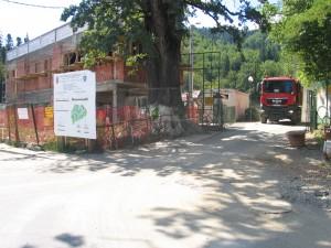 Începute în 2010, lucrările la Zoo Braşov nu sunt finalizate nici pe jumătate. Se va finaliza proiectul în august?!