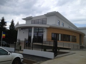 Judecătoria Zărnești s-a mutat în casă nouă