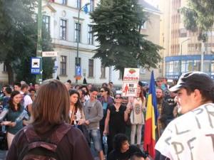 FOTO VIDEO Protest antiguvernamental pe tema Roșia Montana la Brașov