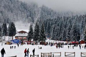 Care au fost vârfurile de sezon, în această iarnă, în stațiunile montane din Brașov