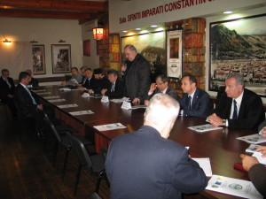 Vezi ce legi au propus specialiştii în comerţ de la Braşov pentru salvarea economiei româneşti
