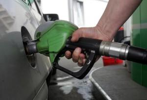 Carburanții, băuturile alcoolice, țigările și electricitatea, mai scumpe