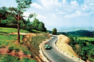 50 de ani de la construirea drumului spre Poiana Brașov. Povestea acestei investiții