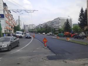 Începe cârpirea gropilor de pe Saturn, Calea București și Kogălniceanu. În ce zone ar mai fi nevoie de reparații?
