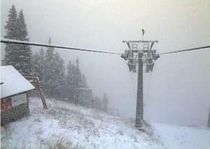 FOTO Ninge! Brașovul începe să devină orașul de poveste