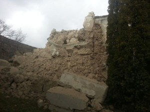 Turnul bisericii foritificate de la Rotbav s-a prăbuşit