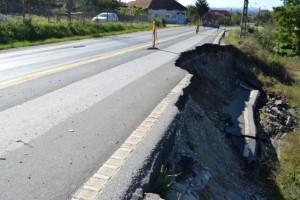 Consiliul Județean calamitează Brașovul! A aprobat o alunecare de teren!