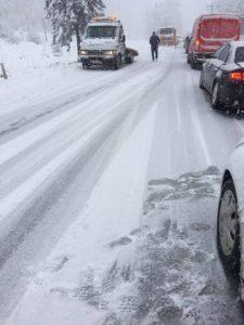 Se circulă în condiții de iarnă pe DN1 și DN1A