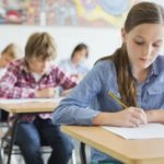 Burse pentru elevii din municipiul Braşov şi în semestrul al doilea