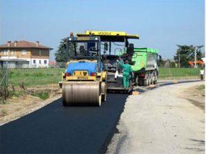 Zece primării din judeţ vor primi câte 500.000 de lei pentru repararea drumurilor