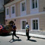 """Poliția Locală a început să ridice """"blocatoarele"""" de parcări. Cât este amenda?!"""