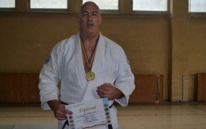 Un polițist brașovean a cucerit aurul la Campionatul Național de Judo al MAI