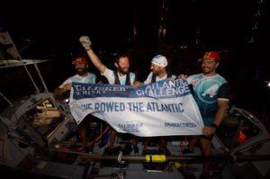 Patru eroi, printre care și un brașovean, au stabilit un nou record mondial de traversare a Oceanului Atlantic (Foto)