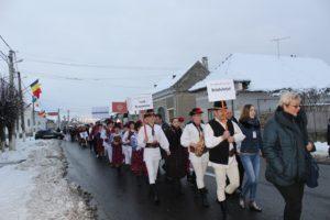 Prima ediție a Festivalului Internațional de Folclor a adunat 10 ansambluri din țară și străinătate, la Beclean
