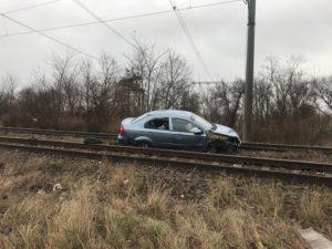 Un şofer băut a blocat traficul feroviar între Brașov și Sfântu Gheorghe
