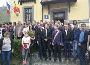 Ministrul Turismului a asistat la Parada Junilor