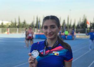 Atletism: Adina Cîrciogel, campioană (4X400 m) și vicecampioană balcanică (400 m)