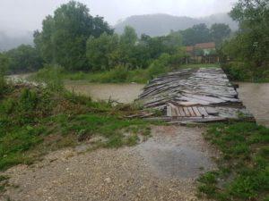 VIDEO Ce spune primarul din Zărnești despre inundațiile din oraș