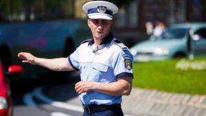 Godină riscă să rămână fără permis auto din cauza cozilor