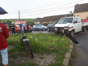Accident cu șase victime la Rotbav