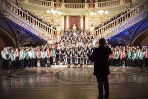 Spectacol coral de excepție. 300 de copii vor cânta la Gala Centenar Cantus Mundi Braşov