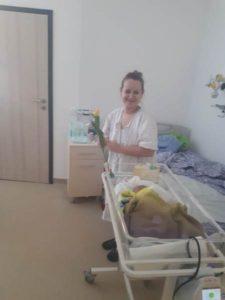 FOTO – Mămicile de la Maternitatea Braşov, sărbătorite, astăzi!
