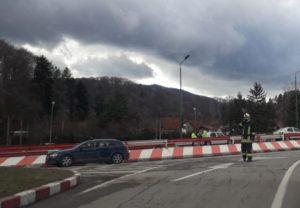 Accident pe podul de la Dârste, provocat de o șoferiță