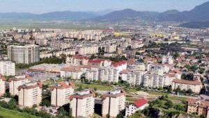 Prețul apartamentelor vechi și noi din Brașov a crescut ușor în luna mai