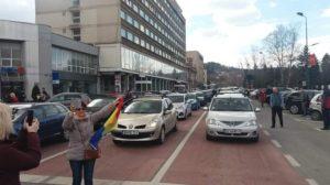 """""""România vrea autostrăzi"""". Brașovul s-a oprit pentru 15 minute (Foto)"""