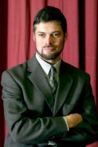Un renumit pianist, invitatul Filarmonicii Brașov