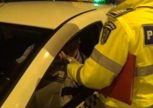 Taximetriștii și transportatorii de persoane, verificați de polițiști