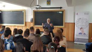 Proiectul Antrenat de Majorat a ajuns la peste 100 de liceeni din orașul Brașov