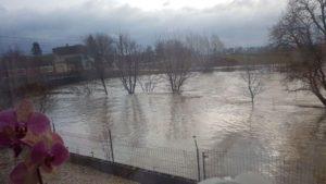Pericol de inundații în mai multe localități din județul Brașov