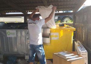 """1.600 de lei, pentru o altfel de """"colectare selectivă"""" a gunoiului"""