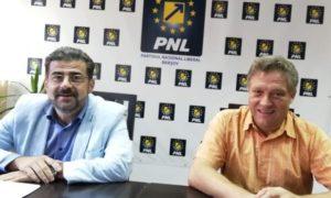 ÎN DIRECT Conferință de presă la PNL Brașov. Silviu Costea și Marius Neculoiu