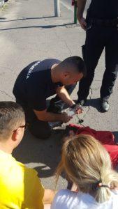 Femeie căzută pe stradă în Braşov, salvată de jandarmi