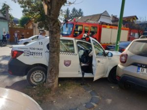 VIDEO+FOTO Accident cu trei victime, pe strada Avram Iancu din Brașov