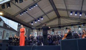 """""""Sărbătoarea Muzicii"""", spectacol dedicat Maicii Domnului,  ocrotitoarea Brașovului"""