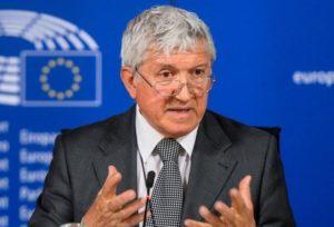 Începe strângerea de semnături pentru candidatura lui Mircea Diaconu la Brașov