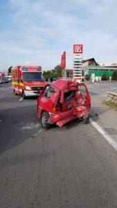 Accident pe DN1, între un autobuz şi un autoturism
