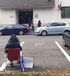 VIDEO+FOTO Protest inedit, din dragoste, al unui procuror brașovean